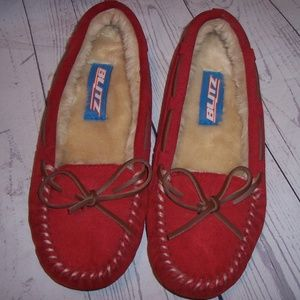 Woman Blitz Sz.8N Red Moccasin Slip-On